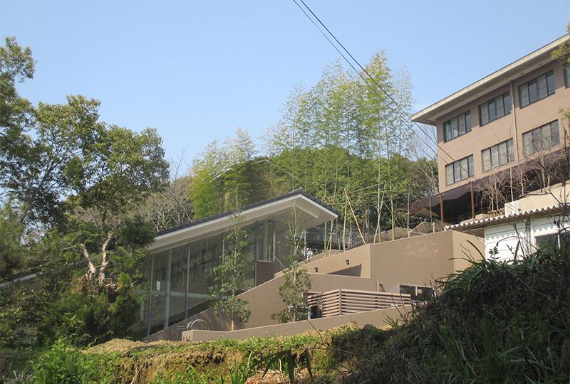 京都工学院高校 屋上緑化